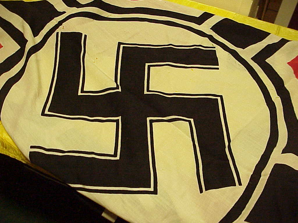 nazi-battle-flag-3