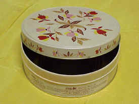 Jewel Tea Fruit Cake Tin in Autumn Leaf Pattern