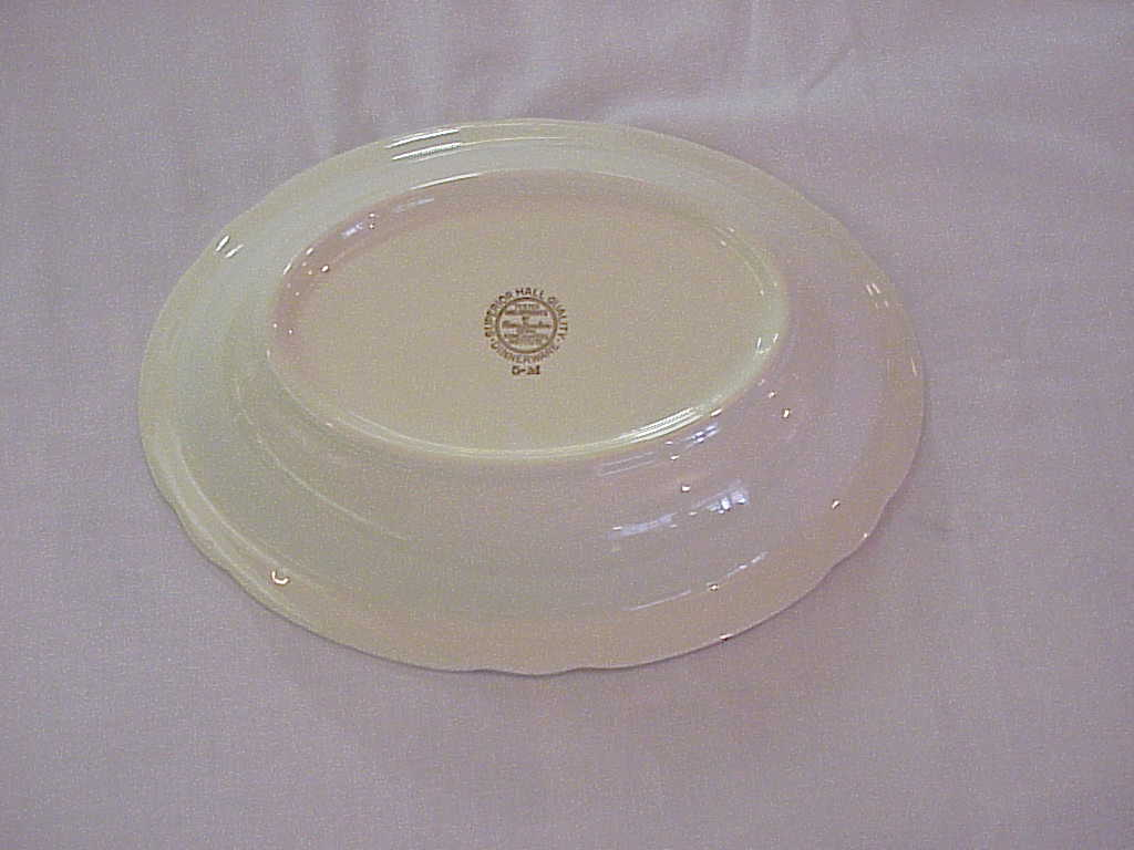 Jewel Tea Autumn Leaf Oval Vegetable Bowl 98%