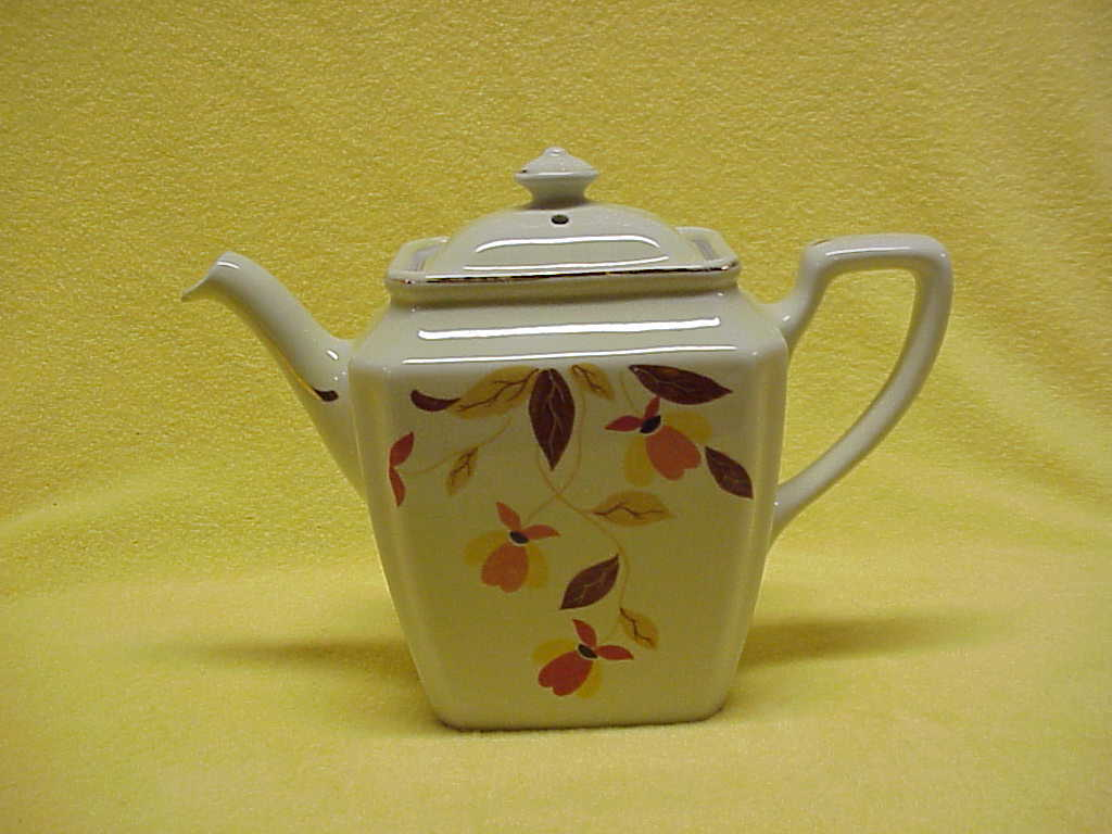 Autumn Leaf Pattern Jewel Tea Newport Teapot by Hall
