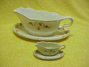 Autumn Leaf Gravy Boat With Under Plate